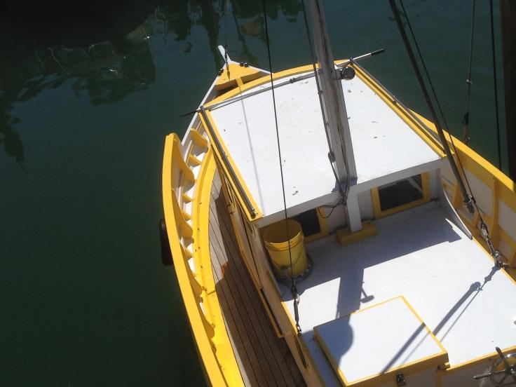 FW yellow boat